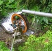 Bomba Roda de Água Simples e Eficiente para Puxar e Transportar Água